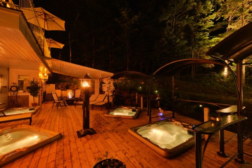 le spa la nuit (photo du site web de l'hôtel)