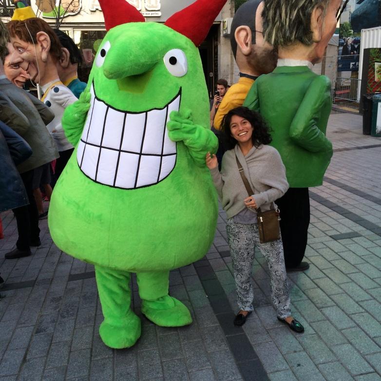 Victor (la mascotte du festival juste pour rire) et Elo
